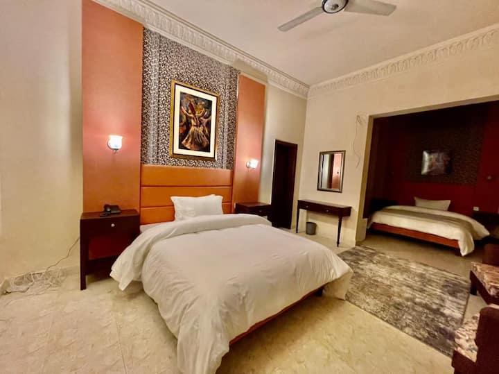 Shelton Hotel Mardan Double Master