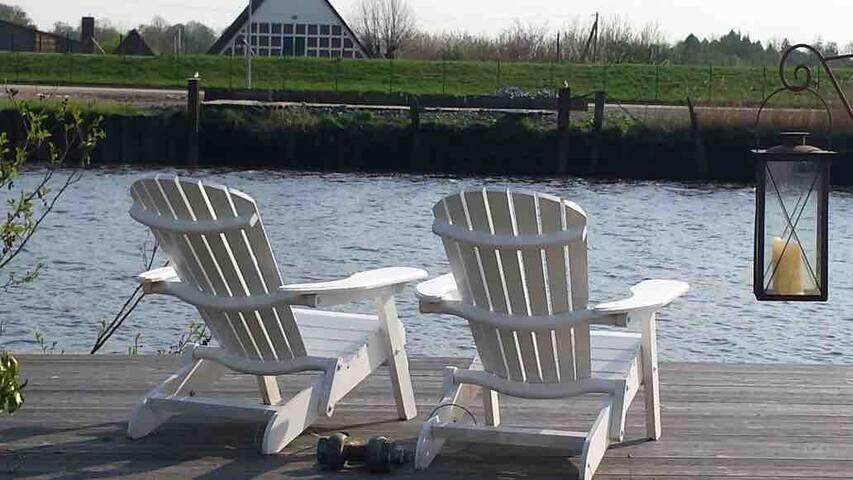 Historischer Speicher direkt am Fluss mit Sauna...