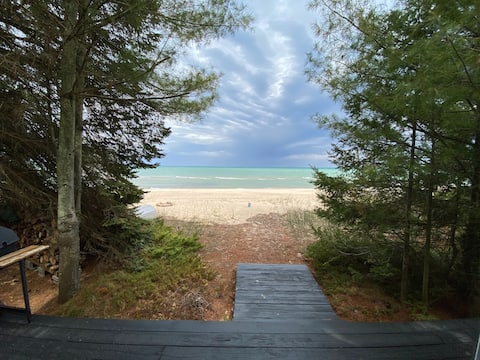 PRIVATE BEACH at the Northstar Cottage!