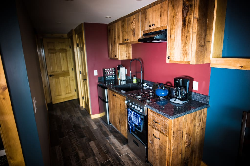 Small kitchen but with every thing you need - including Gas Range !