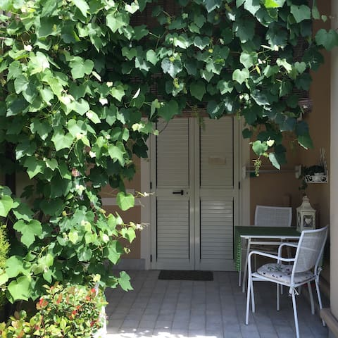 RAVENNA Apartment with garden.  - Ravenna - Apartemen