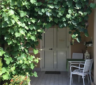 RAVENNA Apartment with garden.  - Ravenna - Wohnung