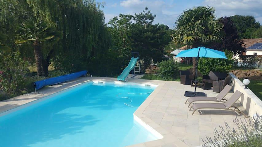 Chambres privées dans Villa-idéal vacances/travail