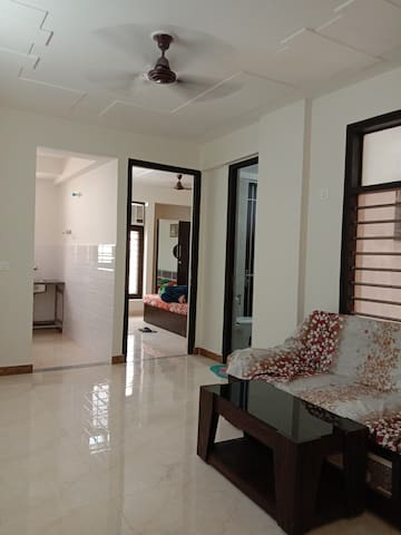 1 BHK Flat near lotus temple vrindavan