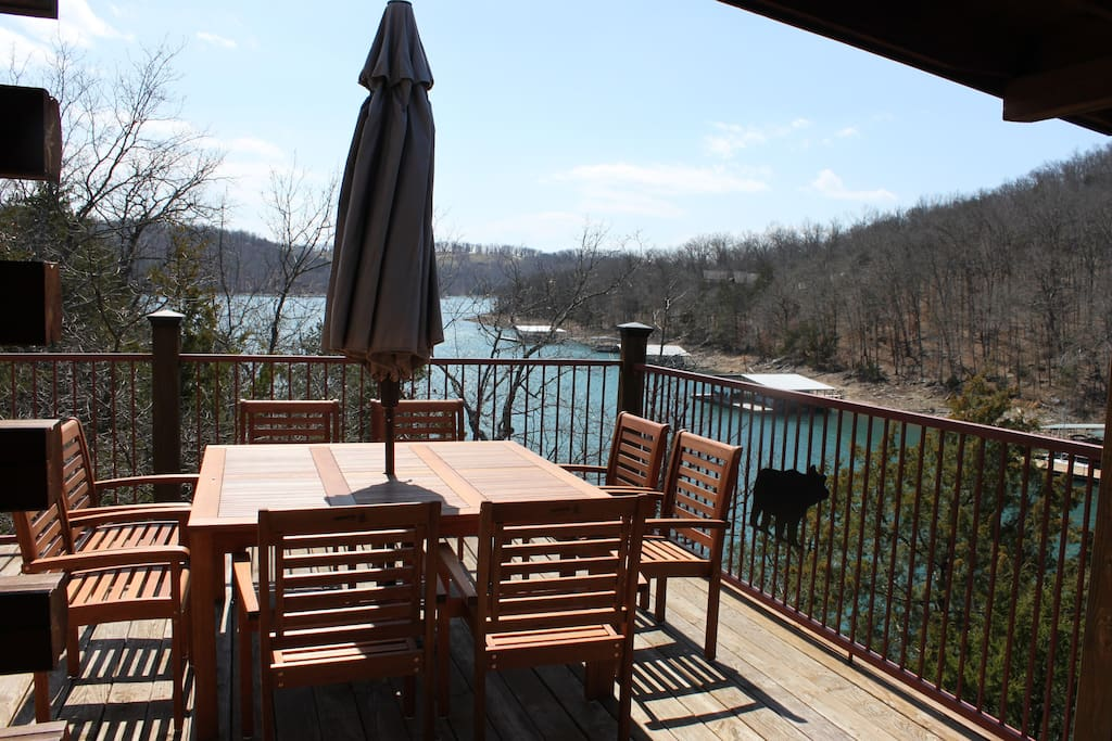 Upper deck with great water views in all seasons!