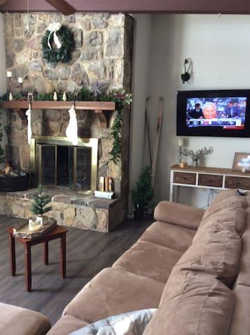 Cozy condo at Bryce Resort