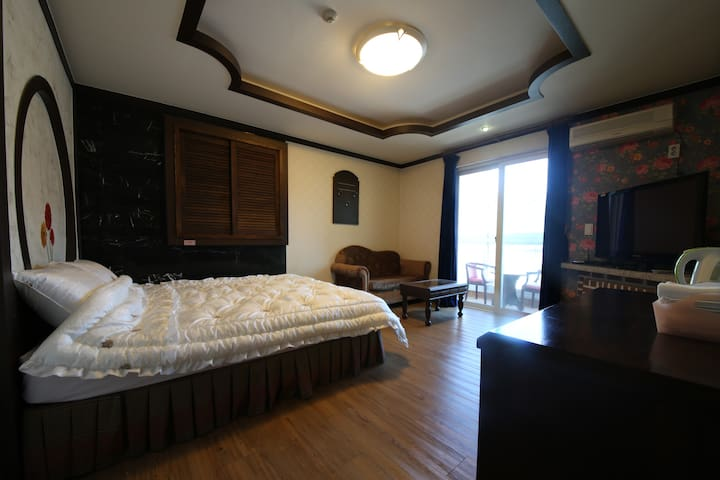 BALI MOTEL(발리모텔) Deluxe Room3 디럭스룸 - Gongju-si - Andere