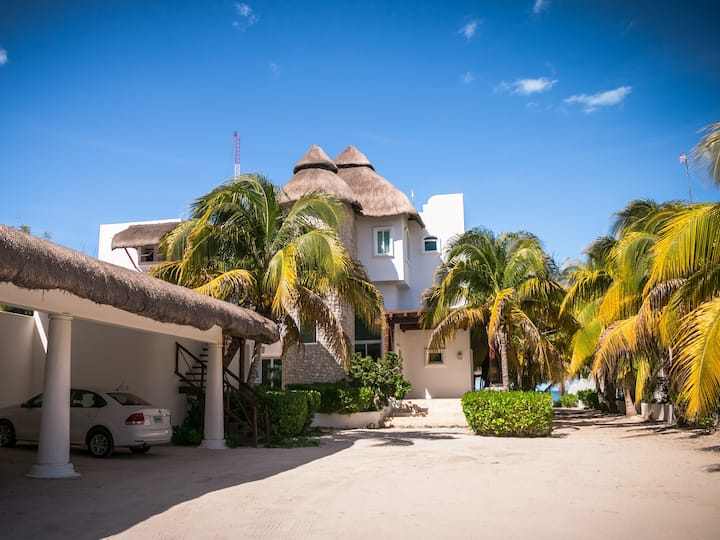 BeachFront House at Uaymitun Yucatan !!