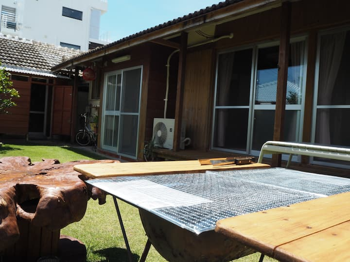 At the Beach - Traditional Oki-House & BBQ grill