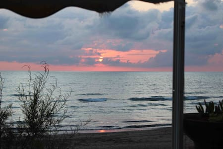 Beach-front 2 bd. apartment in Tuscany - San Vincenzo