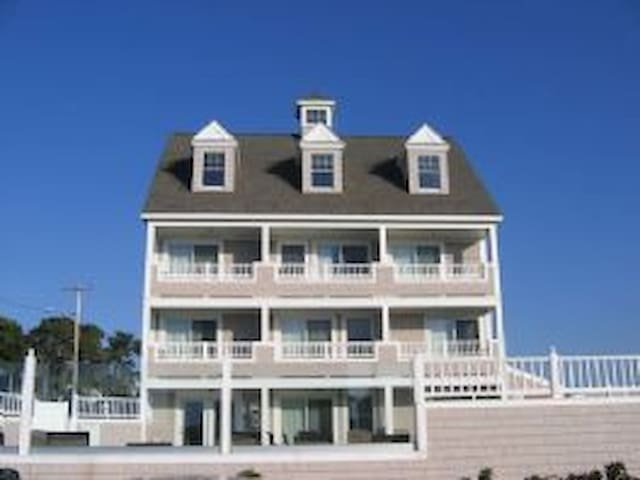 56 Chase Ave Breakers Resort unit 303
