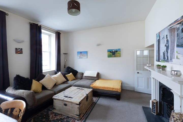 Whole flat - Central Town -  2 bedrooms