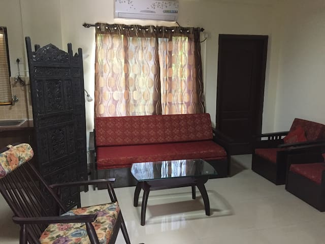 Cozy 1 bedroom apartment in secure gated complex