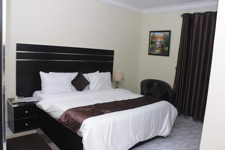 Brookville Hotel - Ambassador Suite