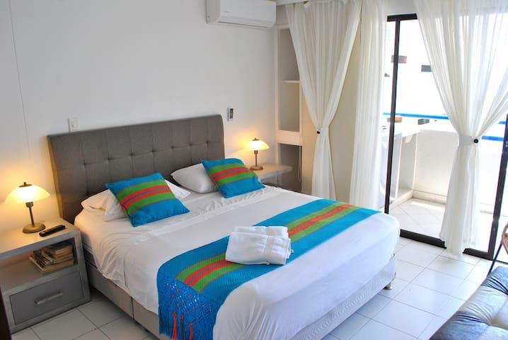 LINDO APARTAMENTO 602 CON VISTA AL MAR EL  LAGUITO - Cartagena - Apartamento