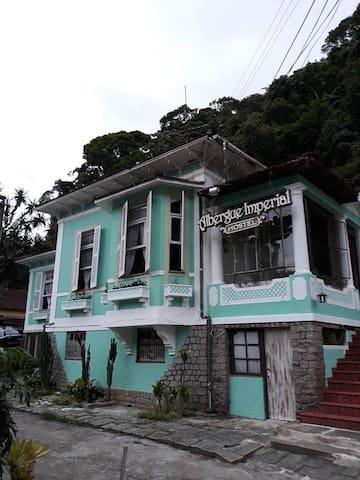 Albergue Imperial Hostel