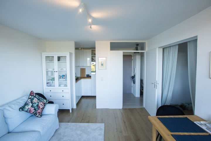 Cosy 2 room apartment with a view over Munich