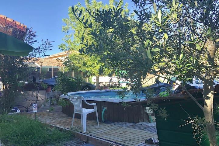 Appartement 85 m² dans Villa avec Piscine