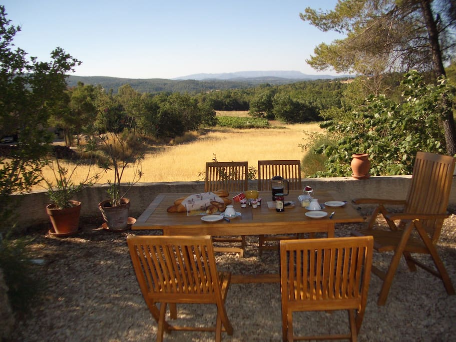 Dining terrace overlooking valley and Mt St Victoire