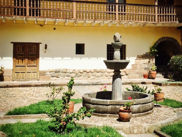 Cozy Apartment at prime location - Cusco - Pis