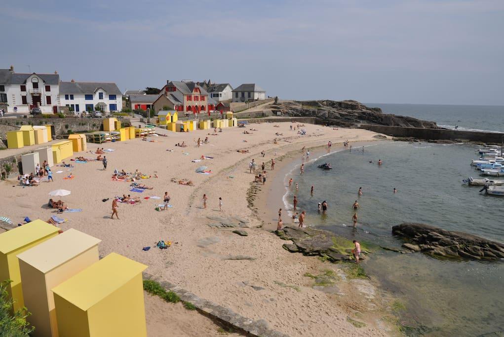 La plage de gauche !