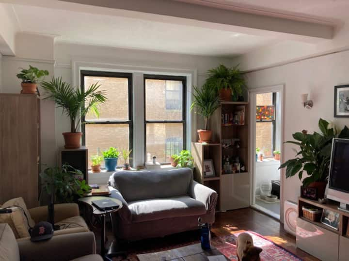 1 BR Apt, 1 block from Central Park, Heart of UWS