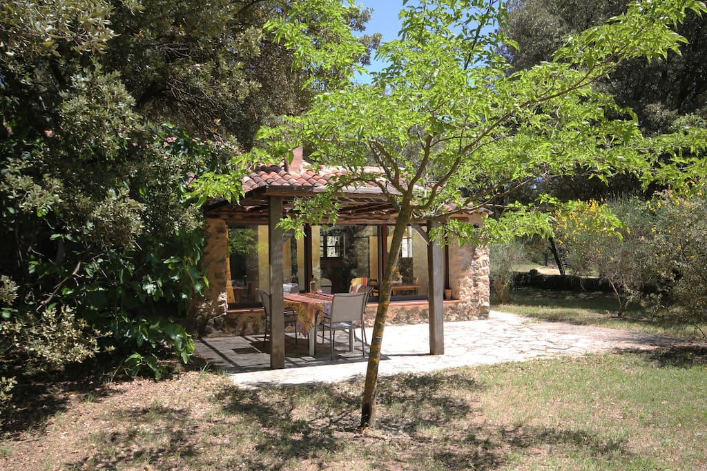 The little house in Provence, quiet and sunny