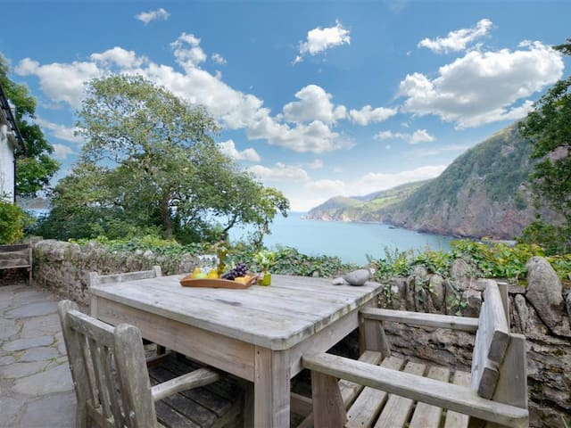 Woody Bay Cottage