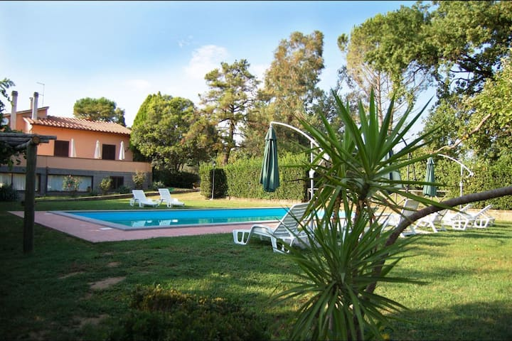 Casa Grion, sleeps 10 guests in Corchiano - Corchiano - Villa