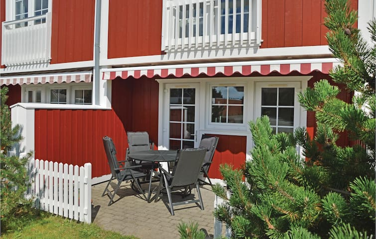 Holiday apartment with 2 bedrooms on 92 m² A3320