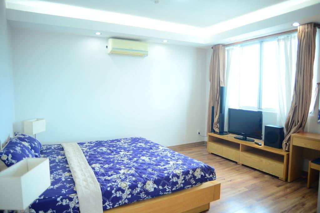 Master bedroom with good lighting