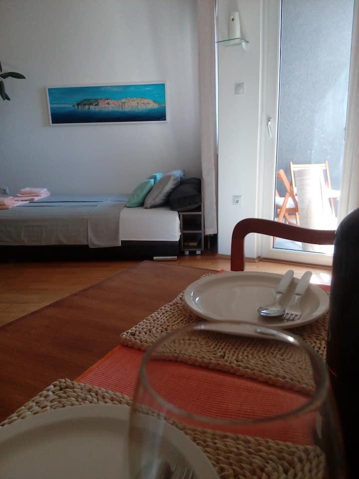 Apartment  Boris