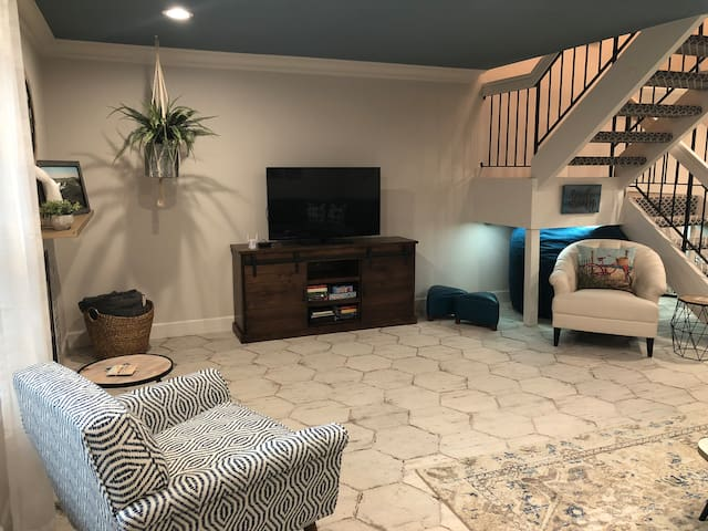 Recently Remodeled Coastal Carlsbad Living
