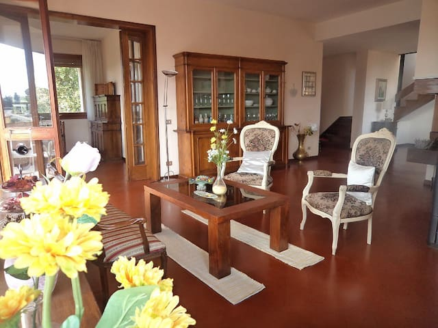 Villa Edera big space 260 Sq.m with nice view. - Mercatale In Val di Pesa - Villa