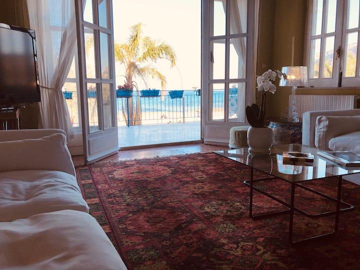 A Casa di Vale. Relax in front of Mondello beach