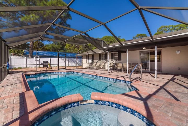 Spacious and beautiful Floridian Villa! 30% OFF