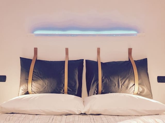 Chromotherapy light on the bed