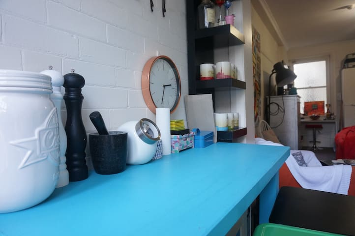 Super cosy studio only minutes walk from the CBD - Darlinghurst - Lakás