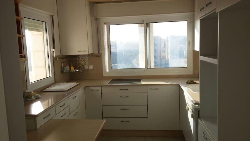 4 rooms Apt in Malcha, Jerusalem - Jerusalem - Apartment