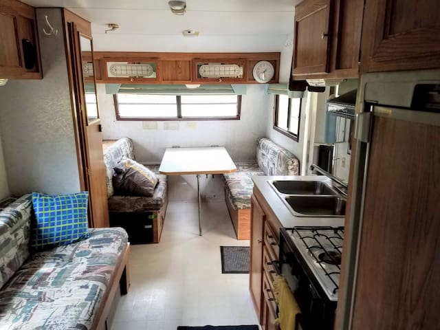 North woods retreat RV is closed until April 2020