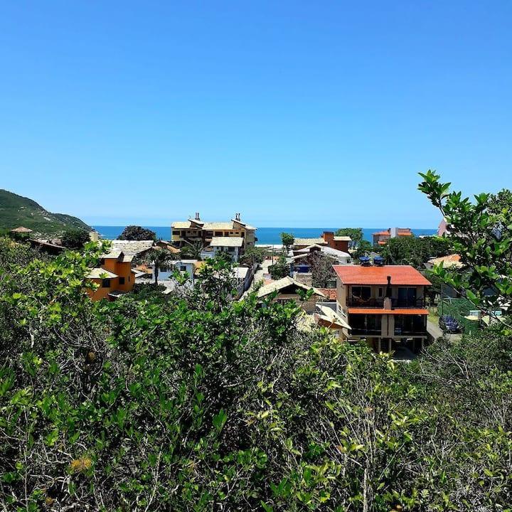 Casa na praia do Santinho- Florianópolis