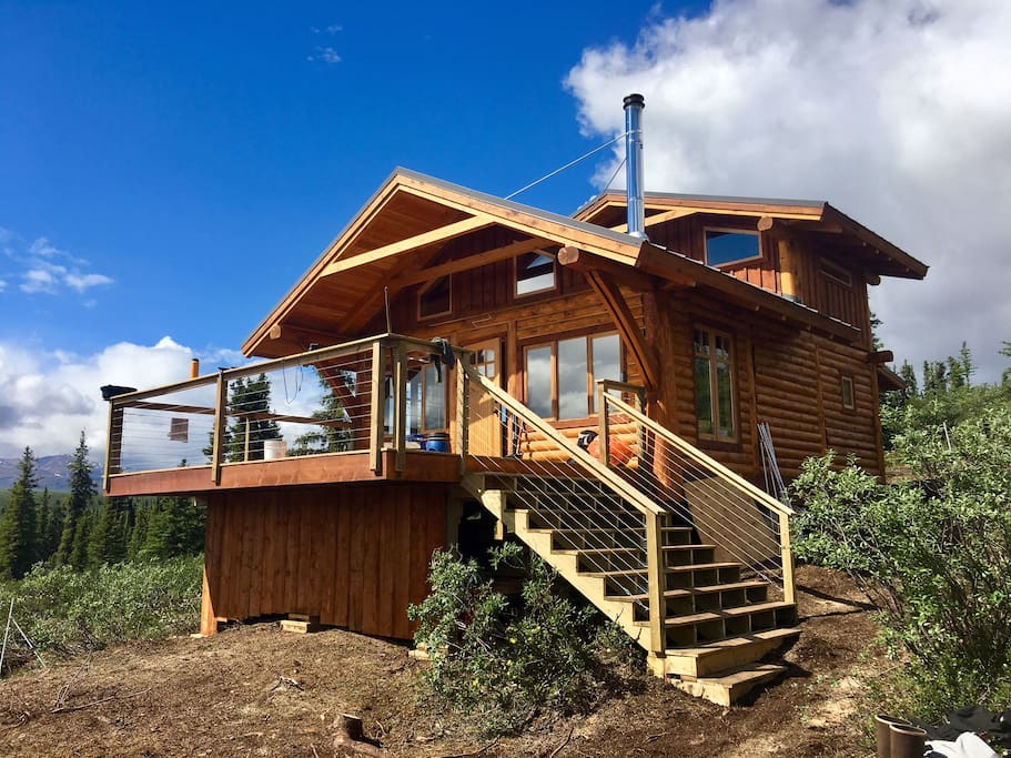 This brand new Eco-Tourism Lodge is your chalet to have to yourself! Enjoy the space and the environment around. Once the aircraft departs the lake, you are on your own to cook, hike, swim, canoe, bike or whatever your heart desires!