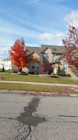 van buren township/homestead  I LIVE IN THE HOME