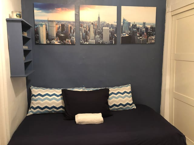 Amazing Single Bedroom Only 5min From Central Park
