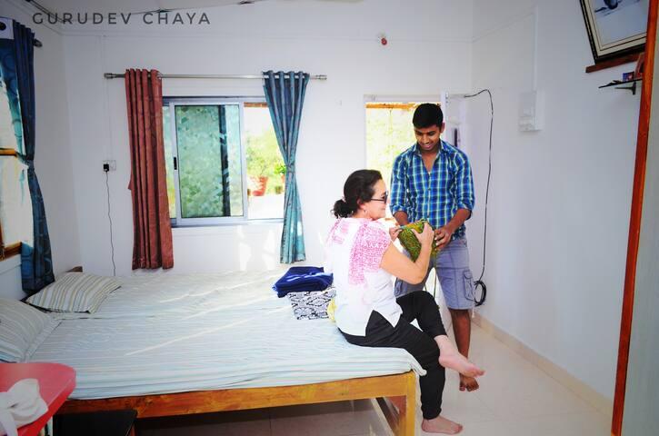 Gurudev Chaya Guest house ganeshpuri