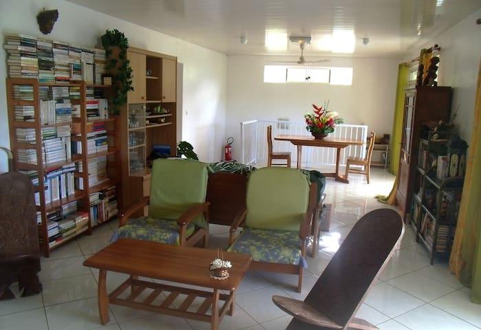 House located on Nuku Hiva: Taiohae