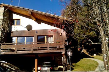 accogliente casa di montagna molto soleggiata.
