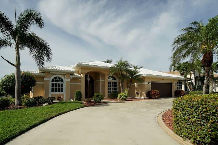 Wischis Florida Vacation Home - Summer Dream