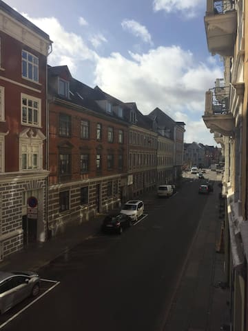 Cozy apartment in the heart of Aalborg - Aalborg - Apartment