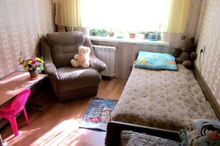 Уютная комната за 750 рублей - Samara - Apartemen
